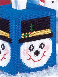 Plastic Canvas - Quick & Easy Patterns - Snowman Tissue Cover