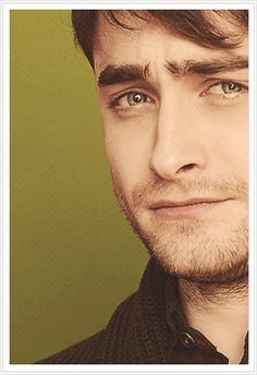 Daniel Radcliffe . love the look on his face...