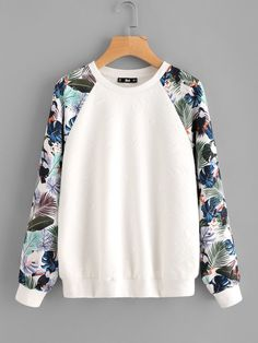 To find out about the Tropical Print Raglan Sleeve Textured Sweatshirt at SHEIN, part of our latest Sweatshirts ready to shop online today! Mode Outfits, Trendy Outfits, Fashion Outfits, Stylish Dresses, Fashion Fashion, Fashion Ideas, Vintage Fashion, Sweat Shirt, Sweat Original