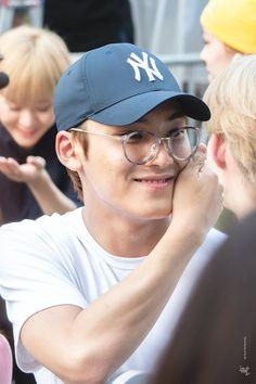 Woozi, Wonwoo, Jeonghan, Park Bo Gum Wallpaper, Kim Min Gyu, Mingyu Seventeen, Adore U, Pledis 17, Pledis Entertainment