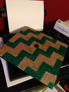 Green and gold chevron strips on a graduation cap! Fun idea for a #Baylor grad.