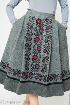 Embroidered grey wool skirt Originality by Handembroiderykvitka Folk Fashion, Ethnic Fashion, Womens Fashion, Pretty Outfits, Beautiful Outfits, Cool Outfits, Embroidery Fashion, Embroidery Dress, Mode Russe