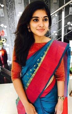 Niveda Thomas In Blue Saree Paired With Boat Neck Blouse Boat Neck Saree Blouse, Saree Blouse Neck Designs, Saree Blouse Patterns, Saree Dress, Saree Models, Blouse Models, Moda Indiana, Designer Blouse Patterns, Stylish Sarees