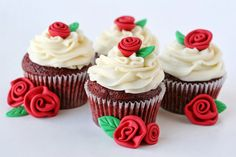 Red Velvet Cupcakes with Cream Cheese Frosting & Happy Valentine's Day 2015