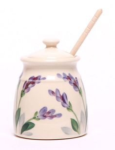 If you love the gourmet taste of real lavender honey, then this elegant lavender honey pot is perfect for its presentation. Inspired by the love of delicate herbs, this ceramic lavender honey pot cele Potted Lavender, Lavender Honey, French Lavender, Lavender Fields, Honey Container, Pie Bird, Color Me Mine, Pottery Bowls, Pottery Ideas