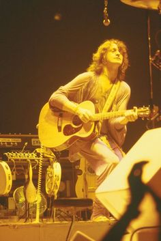 Yes (Lead Vocalist-Jon Anderson) Yes Rock Band, Yes Band, Rock Bands, Rock Roll, Chris Squire, Steve Howe, Psychedelic Bands, My Rock, Live Rock