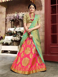 Shop latest designer lehenga choli specially crafted to make you look beautiful and gorgeous on the most special day of life. This grandiose weaving work lehenga choli. Banarasi Lehenga, Patiala Salwar, Sabyasachi, Anarkali, Half And Half, Lehenga Jewellery, Pakistani Street Style, Lehenga Choli Online, Sherwani