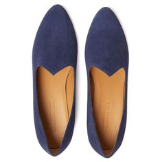 Le Monde Beryl Navy Suede Venetian Slippers are handcrafted in Italy. Each pair is made with the finest lambskin and a memory foam leather insole. Calf Leather, Suede Leather, Wide Feet, Venetian, Loafers Men, Ankle Strap, Calves, Oxford Shoes, Ankle Boots