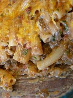 Southwestern Chili Con Queso Pasta Bake - Next time use rotel tomatoes, season with taco seasoning and use Mexican blend cheese