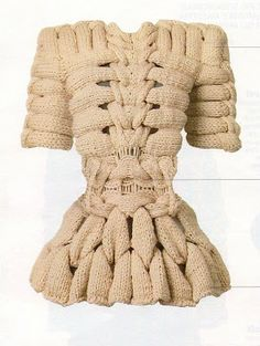 Sandra Backlund - Last Breath Bruises collection Knitwear Fashion, Knit Fashion, Sandra Backlund, Knit Art, Mini Robes, Swedish Fashion, Knitting Designs, Couture Fashion, Knit Crochet