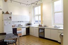 White brick loft kitchen
