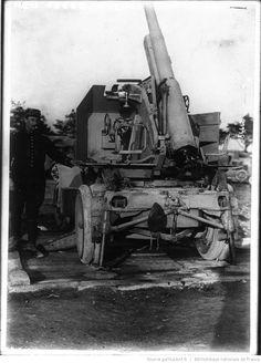 Canon de 75 monté sur affût pour le tir contre les aéroplanes : [photographie de presse] / Agence Meurisse   Gallica