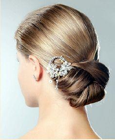 Cute low bun hairstyles for medium hair