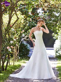 Robe de mariée Iva, robe de mariée traine, robe de mariage avec application de…