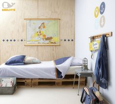 guest bed on crates Boy Girl Bedroom, Boy Room, Bedroom Fun, Bedroom Ideas, Bed On Crates, Crate Bed, Best Interior Design, Interior Design Living Room, Little Boys Rooms