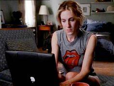 Carrie Bradshaw writing