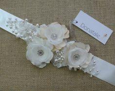 Flor de encaje nupcial boda marco de Marfil por DonataleFlowers4You