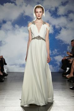 Jenny Packham 2015 Bridal Collection is inspired by glamour and mythical goddesses! Her catwalk show also featured plus size bridal gowns! Jenny Packham Wedding Dresses, Jenny Packham Bridal, 2015 Wedding Dresses, Elegant Wedding Dress, Designer Wedding Dresses, Wedding Gowns, Wedding Blog, Destination Wedding, Wedding Planner