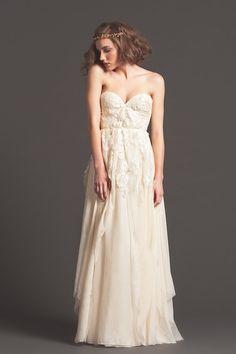 71140301ffe8 88 najlepších obrázkov z nástenky šaty