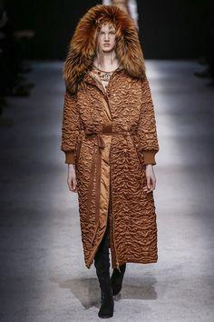 -alberta-ferreti-rtw-fw15-runway-43 – Vogue