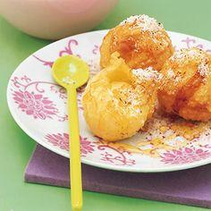 Frittiertes Eis mit Limetten-Honig-Sauce