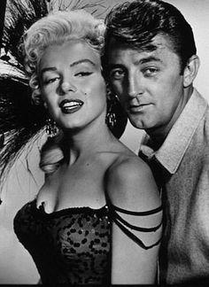 Robert Mitchum & Marilyn in 1954