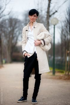Model Janice Alida. Street Style from Paris Fashion Week