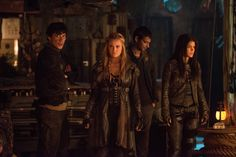 """The 100 """"Red Sky at Morning"""" S3EP14"""