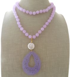 Purple jade necklace, lavender carved jade necklace, uk pendant necklace, freshwater pearl jewelry, gemstone jewellery, stone necklace