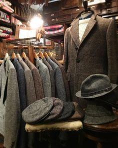 ・ ・ Autumn Recommend Brand ・ All Tweed Cloth HarrisTweed ・ #whistler #chart #usedclothing #used #vintage #antique #secondhand #tokyo #koenji #ウィスラー #チャート #古着屋 #古着 #東京 #高円寺 #アンティーク #ヴィンテージ #harristweed #tweed #tweedjacket #wool #ireland #england #ハリスツイード #ツイード #ツイードジャケット #アイルランド