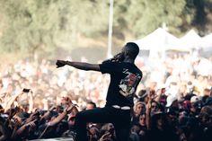 Goldlink killing the stage at Rhythm & Vines. Festival 2016, Hiphop, New Zealand, Vines, Stage, Hip Hop, Arbors, Grape Vines, Vitis Vinifera