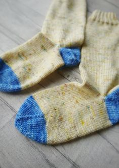 Buttercup socks, star toe afterthought heel socks – The Creative Pixie