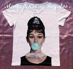 Audrey Hepburn desayuno con diamantes ,ilustración camiseta