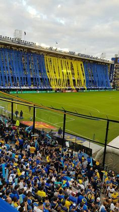 Boca juniors el unico grande Premier League, Football Soccer, Sports, Vodka, Game, Beautiful, America's Cup, The World, Club