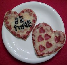Cute idea for a Valentine's Day lunch or dinner with kids!