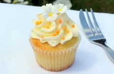 Orange and Elderflower Cupcakes tangy buttercream, these cupcakes taste as good as they look