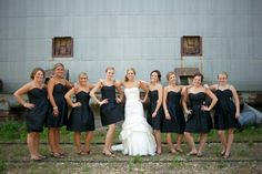 Neat bride with bridesmaids picture