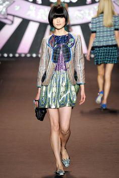 Anna Sui Spring 2010 Ready-to-Wear Fashion Show - Du Juan