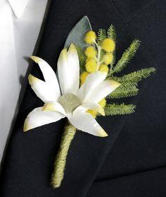 Buttonhole for Groom or Groomsman - Australian Native Flowers, Wattle, Flannel Flower -  Aussie Wedding Buttonhole, Boutonniere