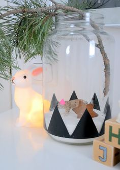 Pari ovea: lastenhuone (kids room) Kids Play Area, Kids Room, Play Areas, Triangles, Christmas Time, Xmas, 21st Century Homes, Merry And Bright, Home Decor Items