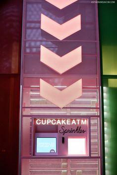 Sprinkles Cupcakes Las Vegas with their 24 hour Sprinkles Cupcake ATM!