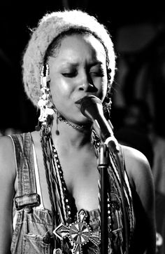 Erykah Badu performing at SXSW. Photography by Vivien Killilea