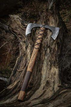 Dwarf axe ready for battle. #dwarf #axe #weapon