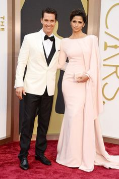 Top 10 Oscar's 2014 Red Carpet Outfits
