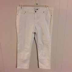 New York & Company Ankle Pants White ankle jeans. Comfy and soft.   Last phony shows a couple spots. If bought I will try to do stain removal before shipping. New York & Company Jeans Ankle & Cropped