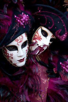 Carnivale mask & costume ~ 21555 - ID: 12765296 © Jim  Zuckerman