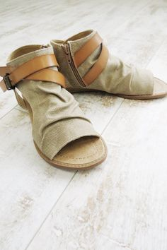 Canvas Sandals   ROOLEE