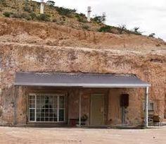 underground houses- Coober Pedy, Australia where 1,500 people live underground.