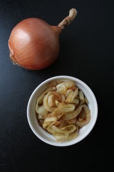 Clean Caramelized Onions // Naturally Lindsey