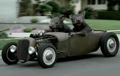 Now that's a Rat Rod!! I love it lol
